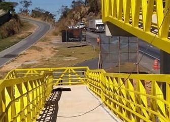 BR-040 será interditada nesta quarta-feira para instalação de passarela na entrada do Veneza