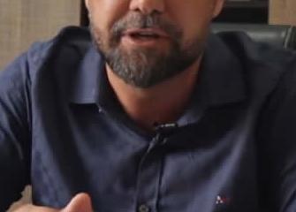 Reeleito, Junynho Martins agradece votação expressiva; vice Vitório Junior paga promessa