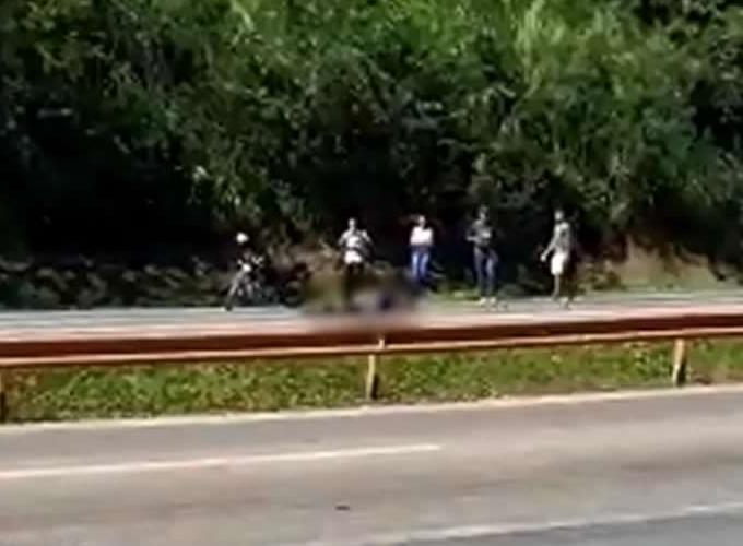 Acidente na marginal da BR-040 deixa duas vítimas fatais na altura do bairro Veneza