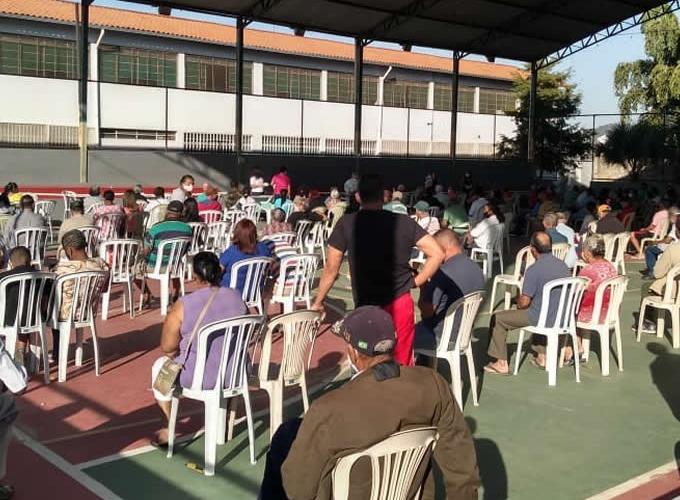 Secretaria de Saúde amplia grupo de pessoas com comorbidades para vacinação contra a covid-19